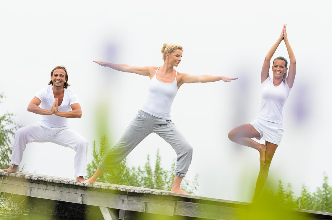 Golfhotel: Yoga am Badeteich - AVIVA make friends